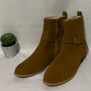 Other - Chelsea boots